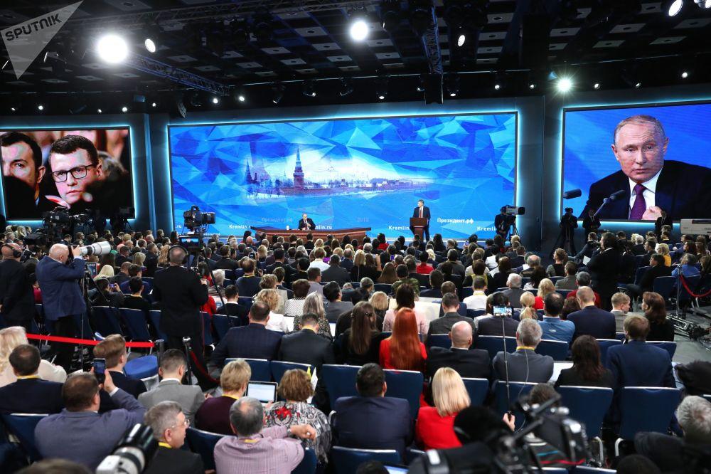 ¡Y van 14! Así fue la gran conferencia de prensa de Vladímir Putin