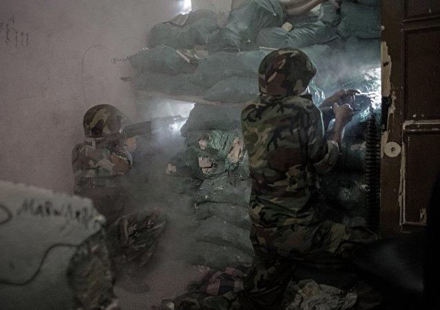 Soldados sirios