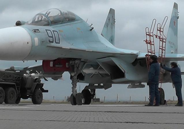 Cazas rusos aterrizan en aeródromo crimeo tras su reconstrucción