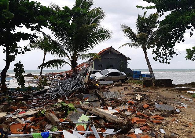 Consecuencias de un tsunami en Indonesia