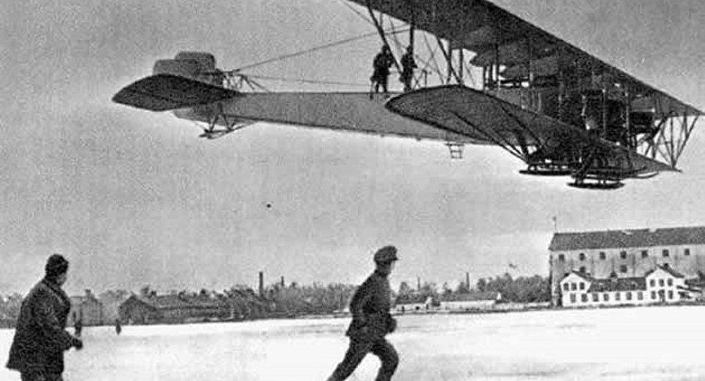 El primer bombaredero estratégico ruso Ilia Muromets
