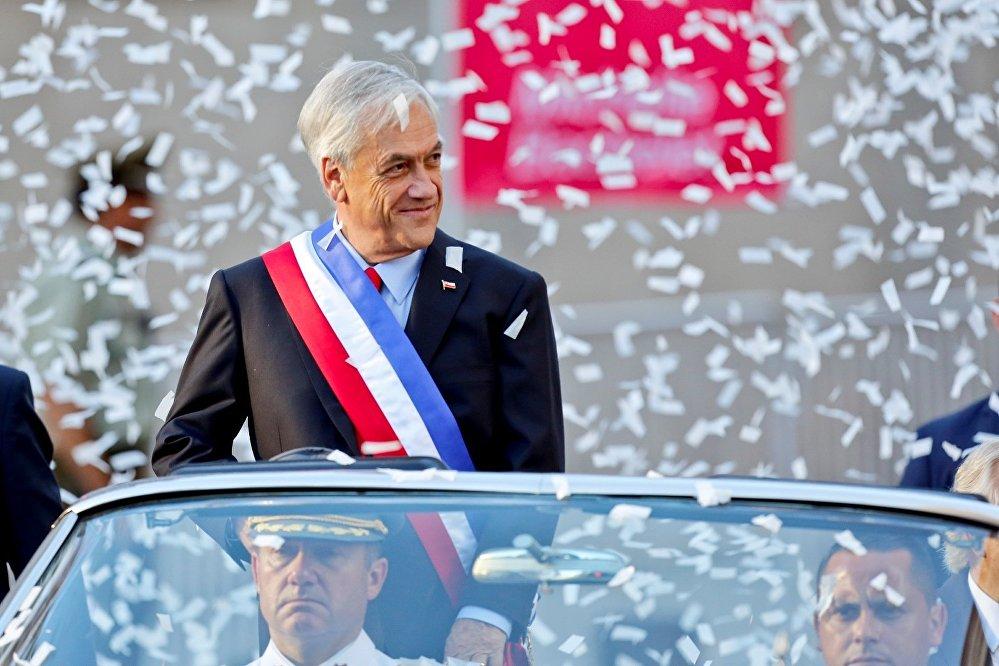 El 11 de marzo, el líder del Partido de Renovación Nacional, Sebastián Piñera asumió la presidencia de Chile, en reemplazo de Michelle Bachelet, quien gobernó el país desde 2014.
