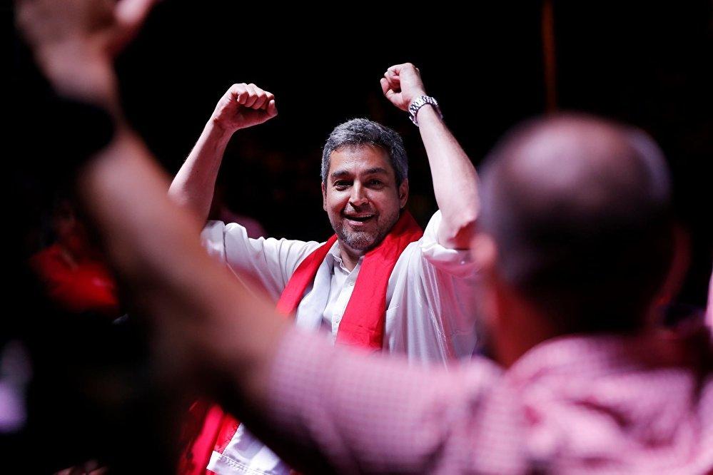 El candidato conservador Mario Abdo Benítez, del partido Colorado, venció en las elecciones generales de Paraguay celebradas el 22 de abril. Conocido en el país como 'Marito', el político asumió el cargo de presidente de la República el 15 de agosto de 2018.