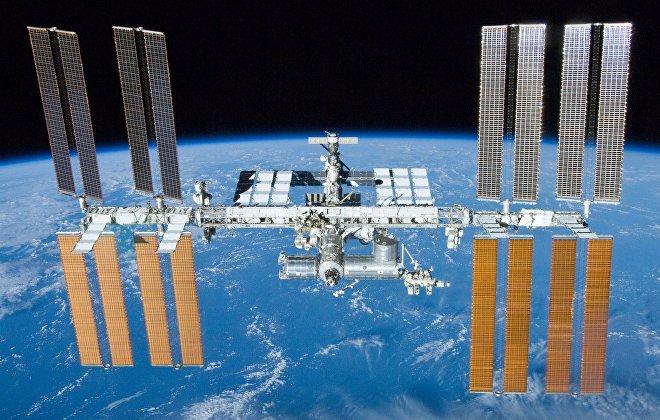 Al día de hoy, la Estación Espacial Internacional es la única estación permanente de la humanidad con unas dimensiones aproximadas de unos 110 m × 100 m × 30 m y con una gran superficie habitable. Según los planes, debería mantenerse en operaciones por lo menos hasta el año 2024.