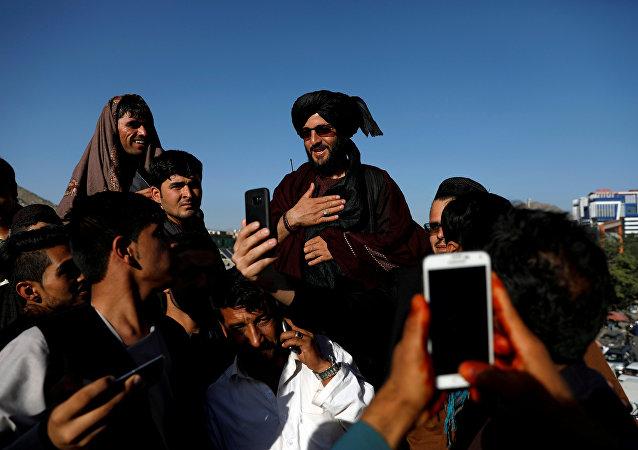 Un representante del movimiento Talibán (archivo)