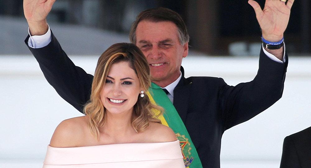 Michelle y Jair Bolsonaro en la investidura