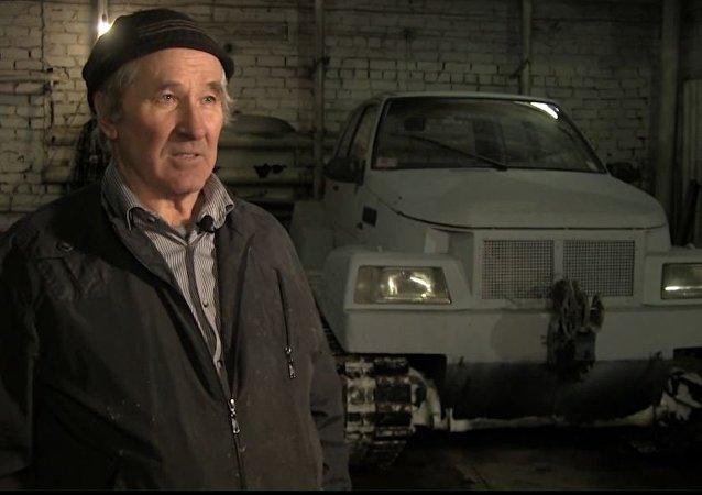 Un jubilado ruso construye un 'tanque' con sus manos