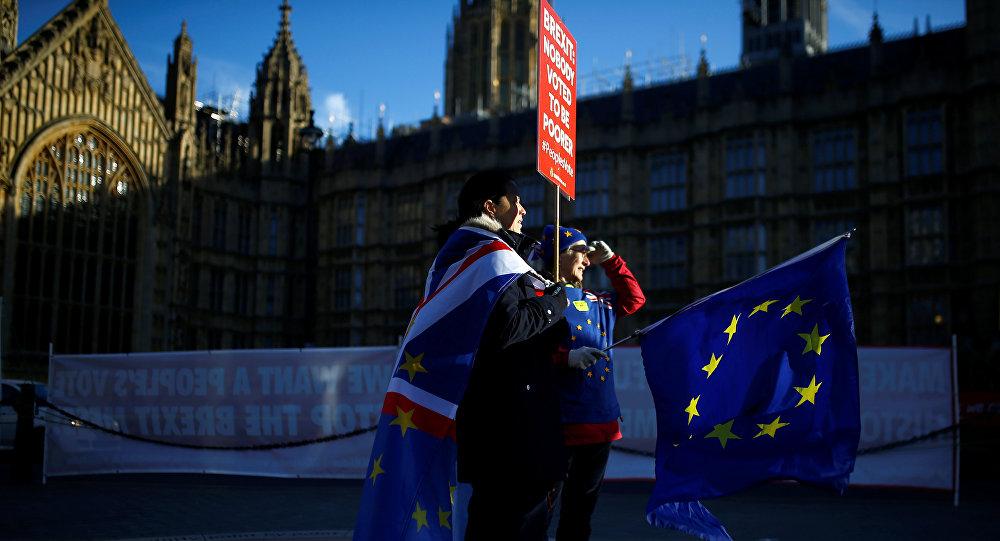 Protestas anti-Brexit cerca del Parlamenrto británico