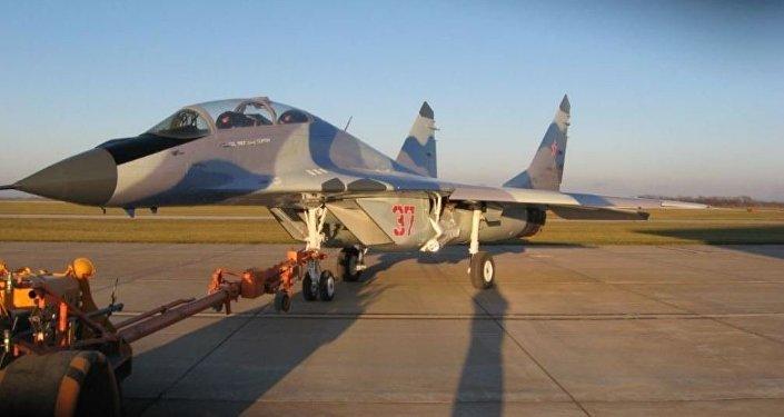 El MiG-29UB que está a la venta