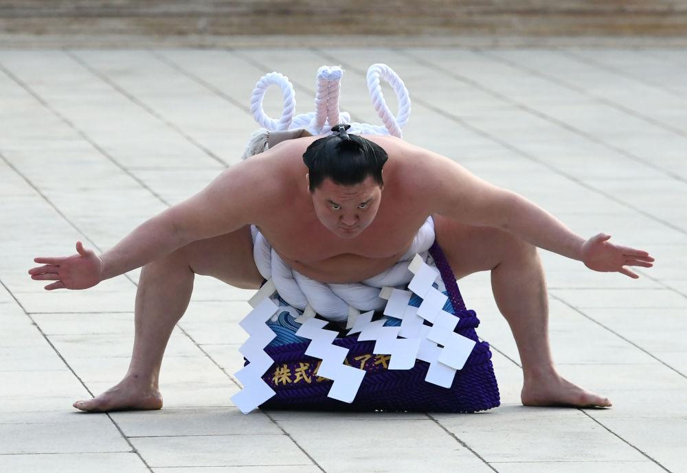 El luchador de sumo mongol Hakuho Sho