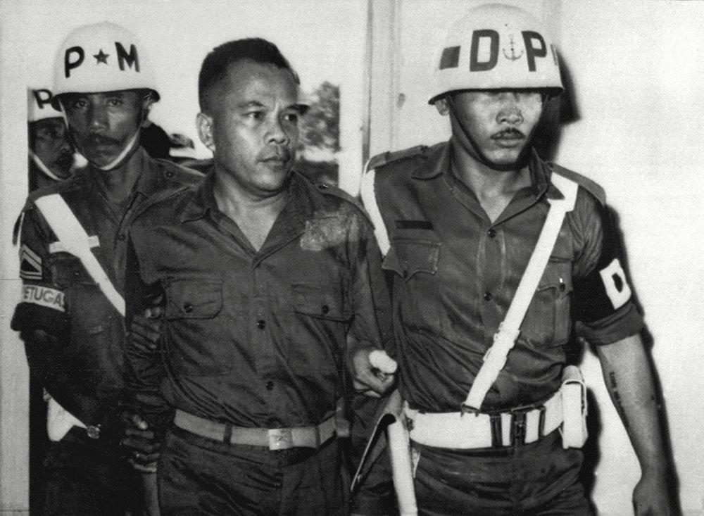 El teniente coronel Untung Syamsuri después del golpe fallido en Indonesia en 1965