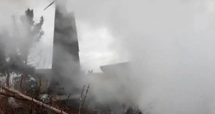 Un Boeing se estrella cerca de Teherán