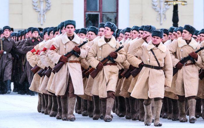 Ensayo del desfile en honor al 75 aniversario de la ruptura del sitio de Leningrado