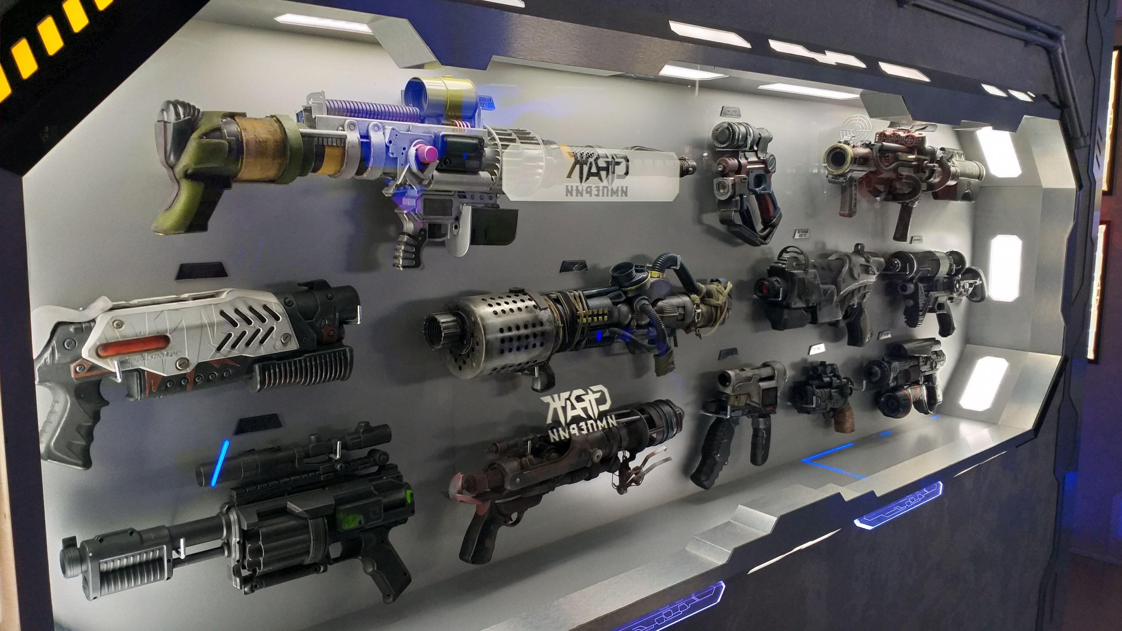 Las armas extraterrestres que los huéspedes podrán apreciar en el hotel en Alushta (Crimea).