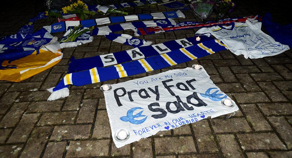 Homenaje al futbolista argentino Emiliano Sala en Cardiff, Reino Unido