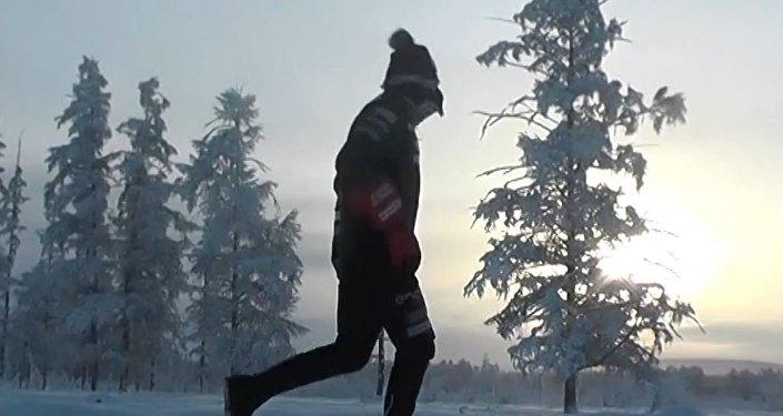 Un italiano corre 39 km a -52 grados… ¡en Rusia!