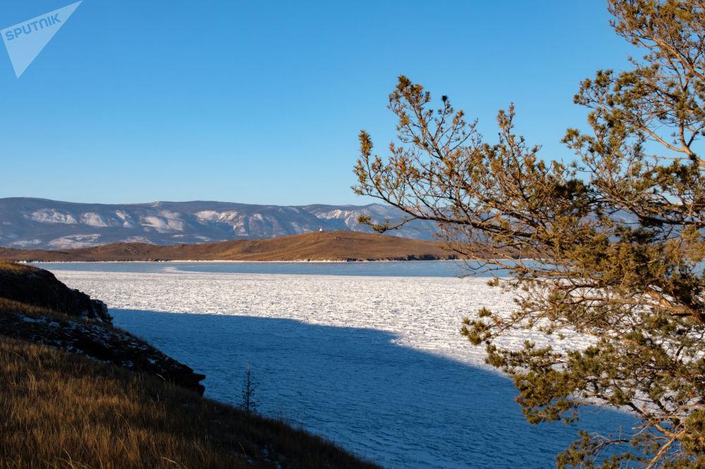 La magia del lago Baikal congelado
