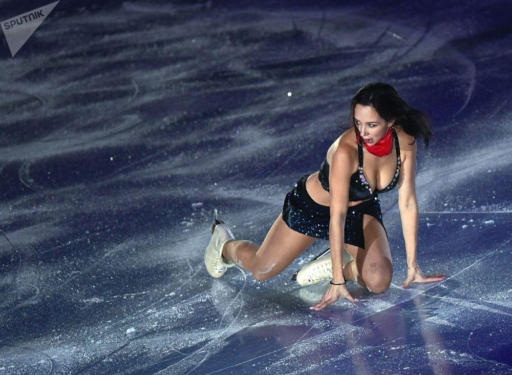 Desnudarse en el hielo está de moda y estas fotos lo confirman