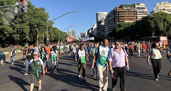 Marcha en Argentina contra la intervención de EEUU