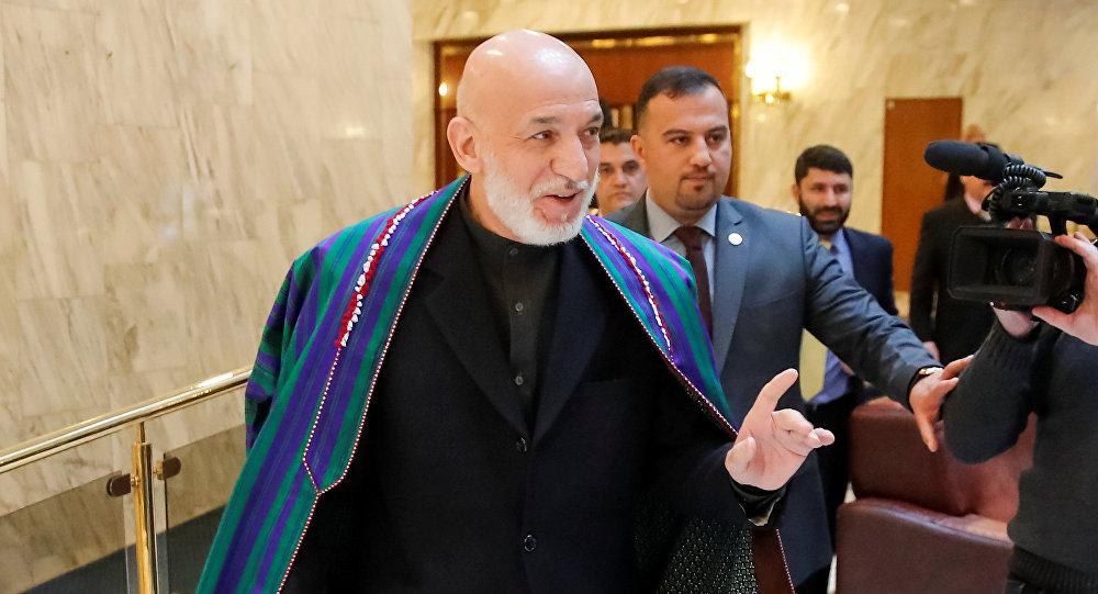Hamid Karzai, expresidente afgano en Moscú, Rusia