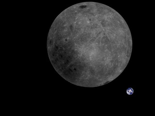 La otra cara de la Luna, protestas y mujeres bellas... estas son las mejores  imágenes de la semana