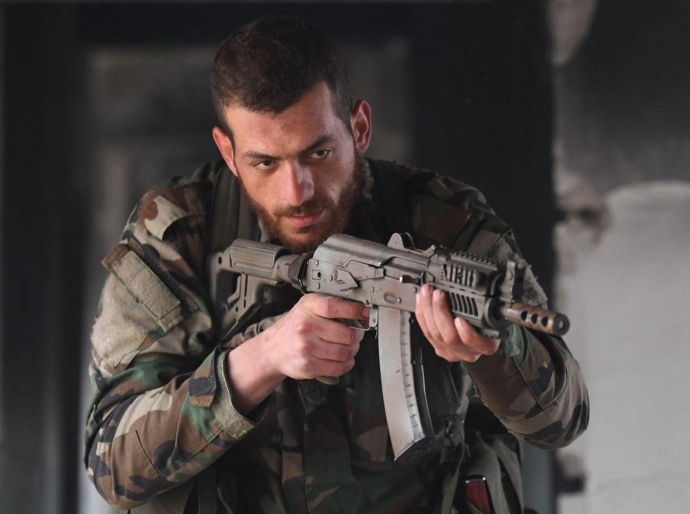 Cómo preparan los especialistas rusos a los militares sirios