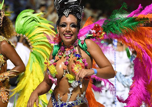 Uruguay se inunda de pasión y bailes: disfruta el candombe de Montevideo