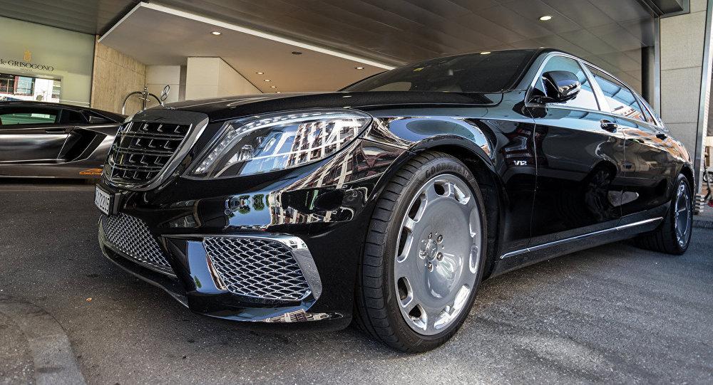 Un Mercedes Maybach