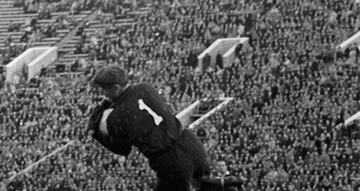 El portero del Dinamo de Moscú, Lev Yashin