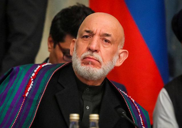 Hamid Karzai, expresidente afgano, en Moscú