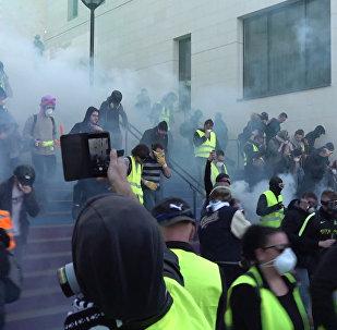 Vídeo: otra jornada de protestas de los 'chalecos amarillos'