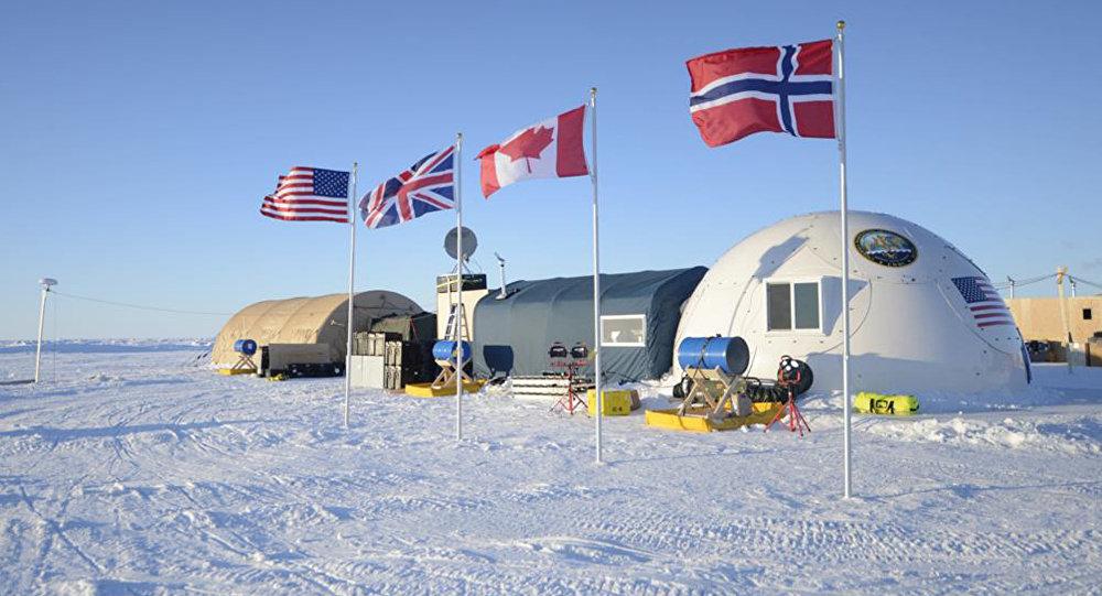 Campamento militar de EEUU, Reino Unido, Canadá y Noruega en el Ártico (archivo)