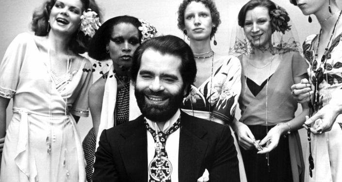 Muere Karl Lagerfeld: la vida del 'Káiser de la moda', en imágenes