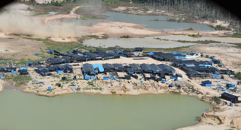 Minería ilegal en la zona de La Pampa