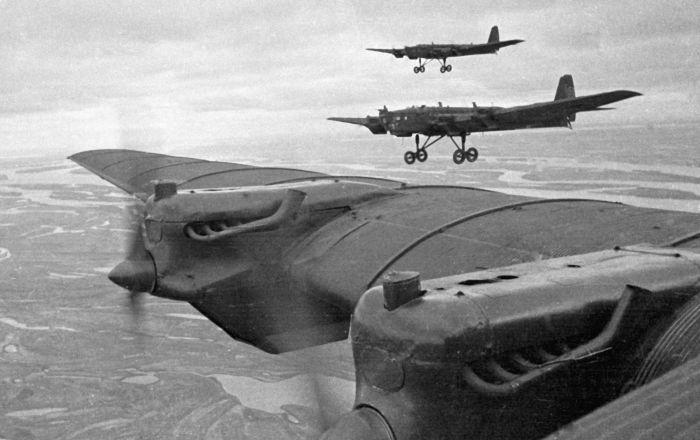 Ejercicios militares: la URSS vs Rusia