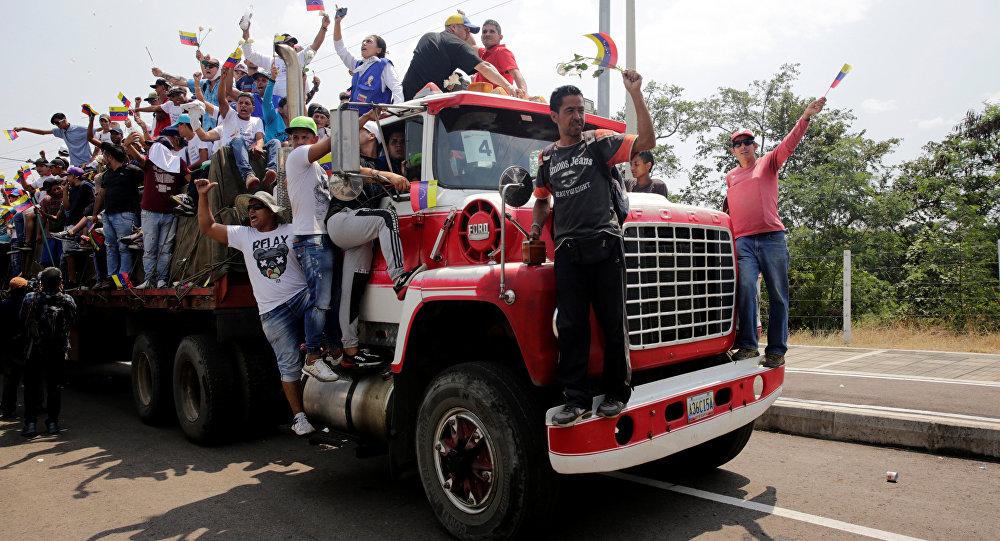 Camión con ayuda humanitaria en Cúcuta cerca de la frontera entre Colombia y Venezuela