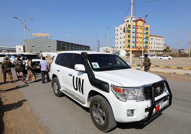 Un convoy de la ONU en la ciudad de Al Hudaida en Yemen