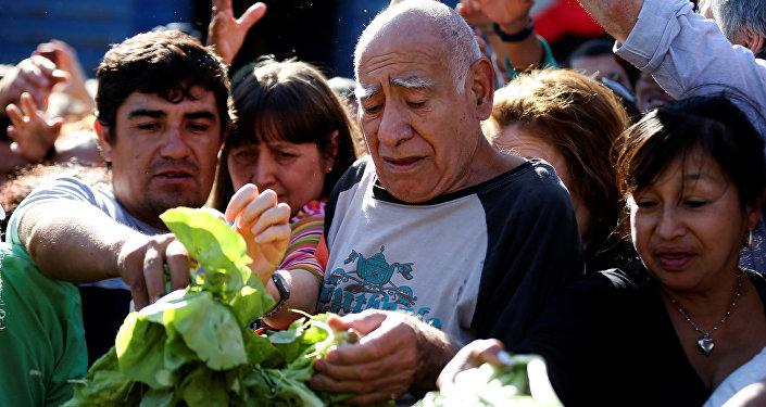 El verdurazo, la protesta de la Unión de Trabajadores de la Tierra en Buenos Aires