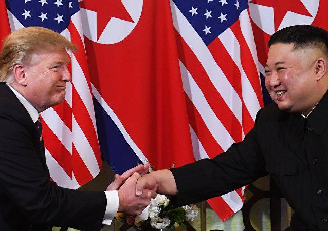 El líder norcoreano, Kim Jong-un y el presidente de EEUU, Donald Trump
