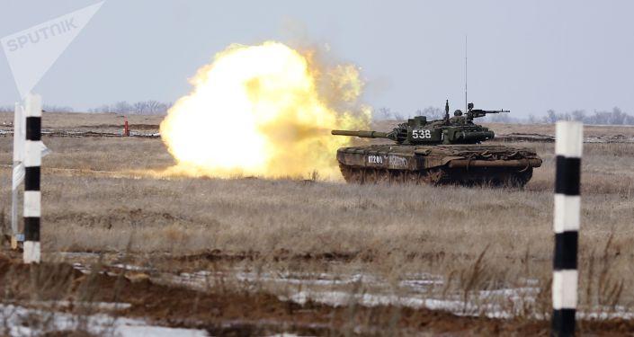 Pruebas preliminares para el biatlón de tanques en el Army 2019