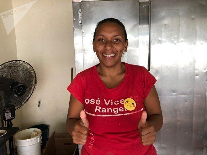 Marcela se encarga del Comité Local de Abastecimiento y Producción y del Consejo Comunal en El Carmen. Está convencida de que los jóvenes son el futuro de Venezuela
