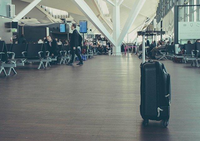 Una maleta en un aeropuerto (imagen referencial)