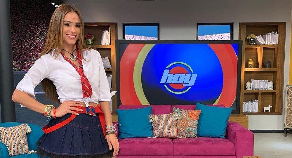 Yanet García, presentadora mexicana