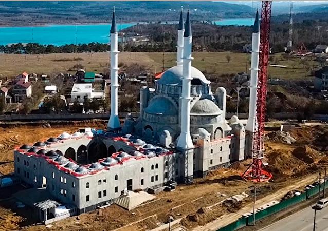 Llega a su fase final la construcción de la Gran Mezquita de Crimea