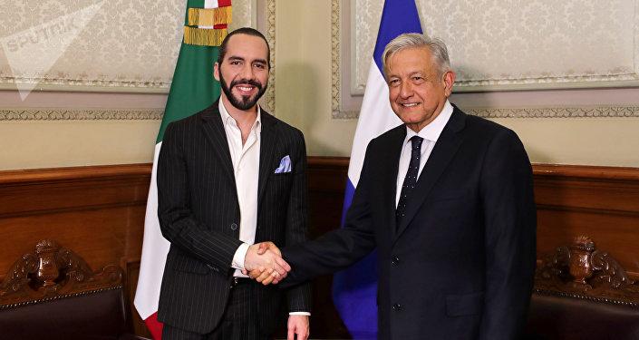 El presidente de México, Andrés Manuel López Obrador se reunió en Palacio Nacional con el presidente electo de El Salvador, Nayib Bukele, el 12 de marzo de 2019