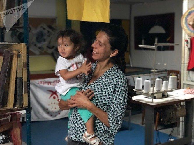 Natalia es colombiana y participa de la Minka, donde el trabajo comunitario es algo más que un mero modo de producir