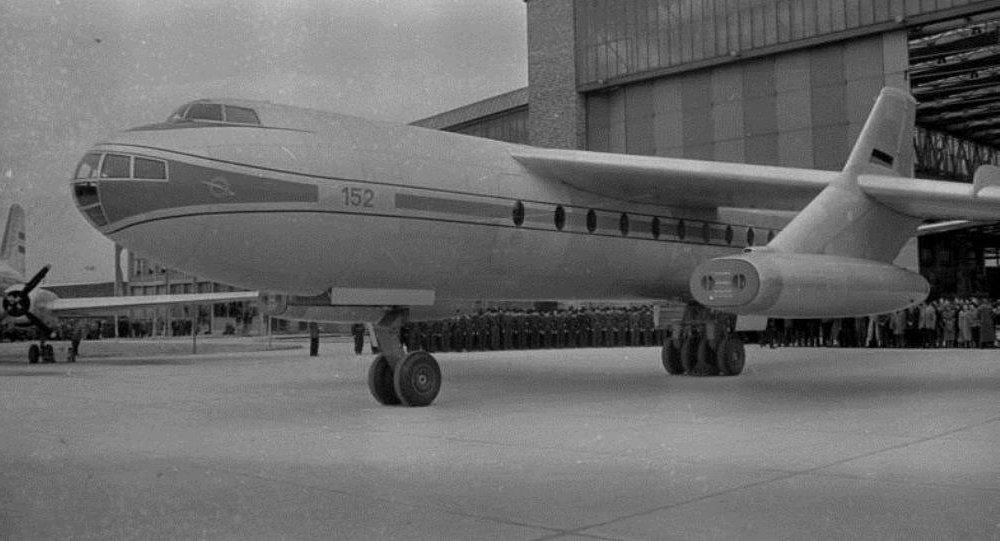 Avión Baade 152