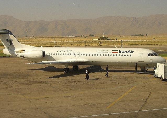 Un Fokker 100 de Iran Air