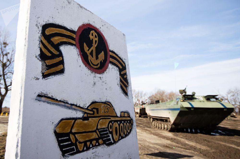 Fuertes, intrépidos e indoblegables: los militares rusos muestran su pericia en Kaliningrado
