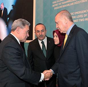 El ministro de Exteriores neozelandés, Winston Peters, y presidente de Turquía, Recep Tayyip Erdogan
